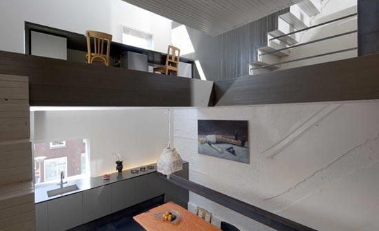 05_black-pearl-house_first