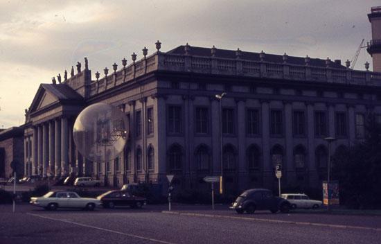 OaseNo7-Fridericianumdocumenta5Kassel1972.photoHeinEngelskirchen