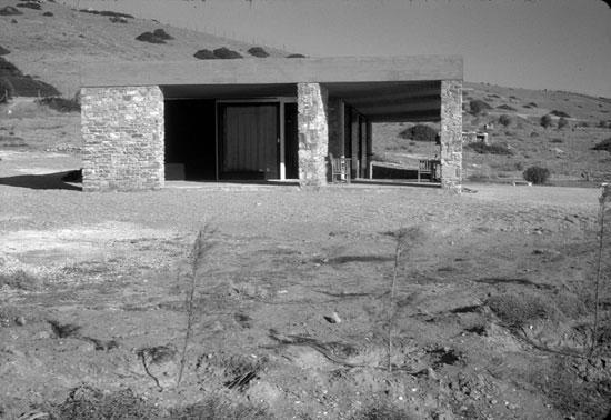 residence-in-anavissos-06