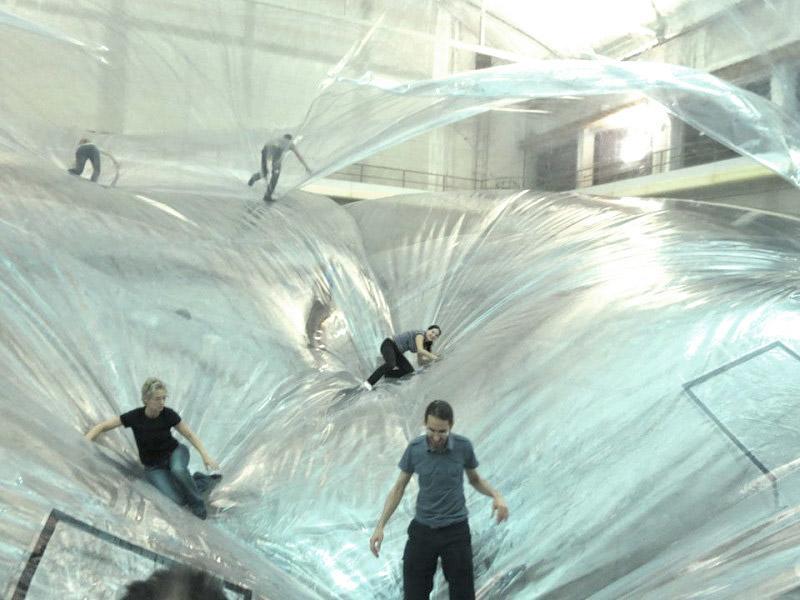 Saraceno-on-Space-Time-Foam-Hangar-Biccoca-01