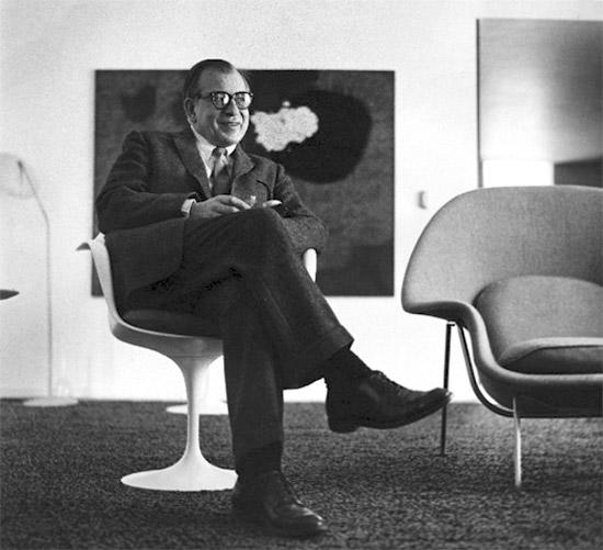 Eero-Saarinnen-Womp-Chair