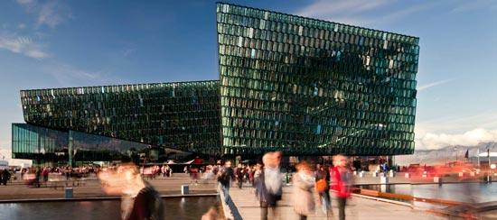 Harpa-Concert-Hall-by-Henning-Larsen-Architects-03