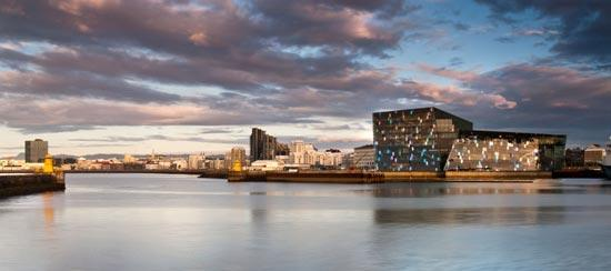 Harpa-Concert-Hall-by-Henning-Larsen-Architects-04
