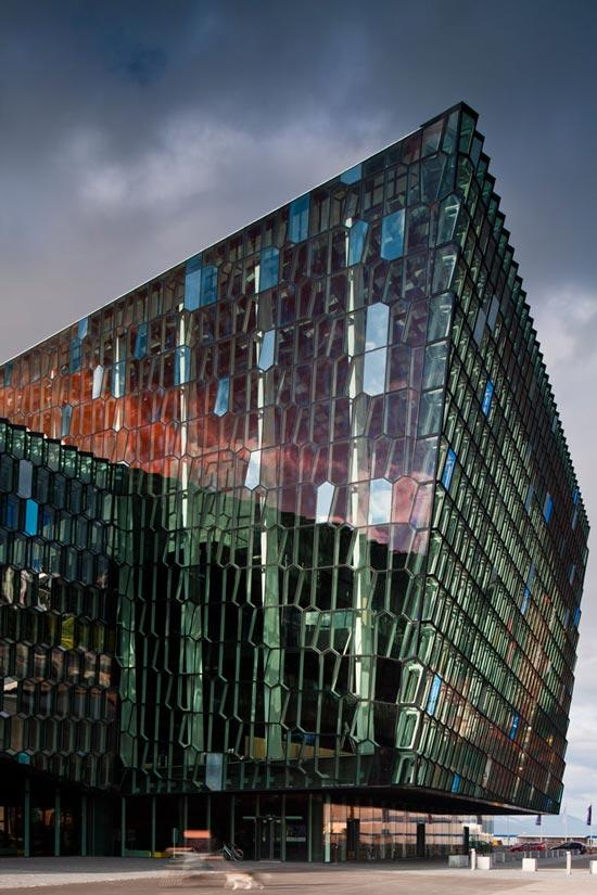 Harpa-Concert-Hall-by-Henning-Larsen-Architects-05