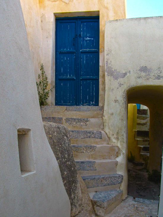 Emporio_traditional_settlement_Santorini_11