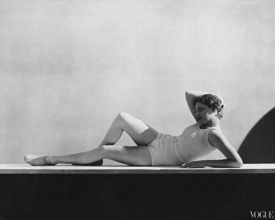 bathing-suits-in-vogue-1931-07-01-hoyningen