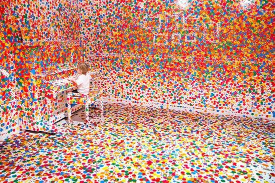 the-obliteration-room_02