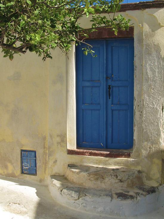 Emporio_traditional_settlement_Santorini_02