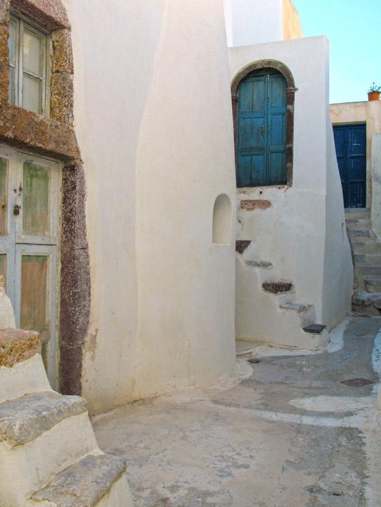 Emporio_traditional_settlement_Santorini_09