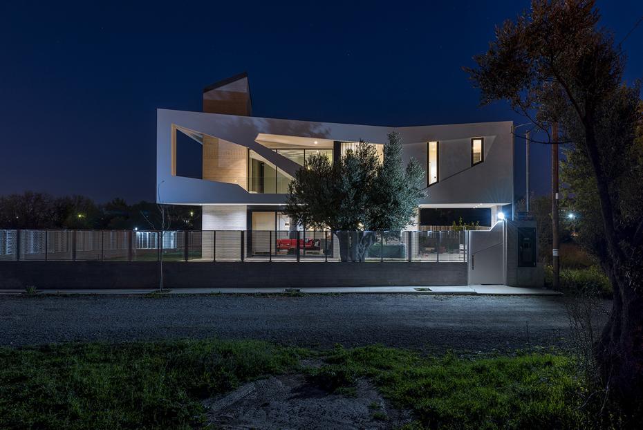 Sias-Blog-Klab-Paradox-House-04