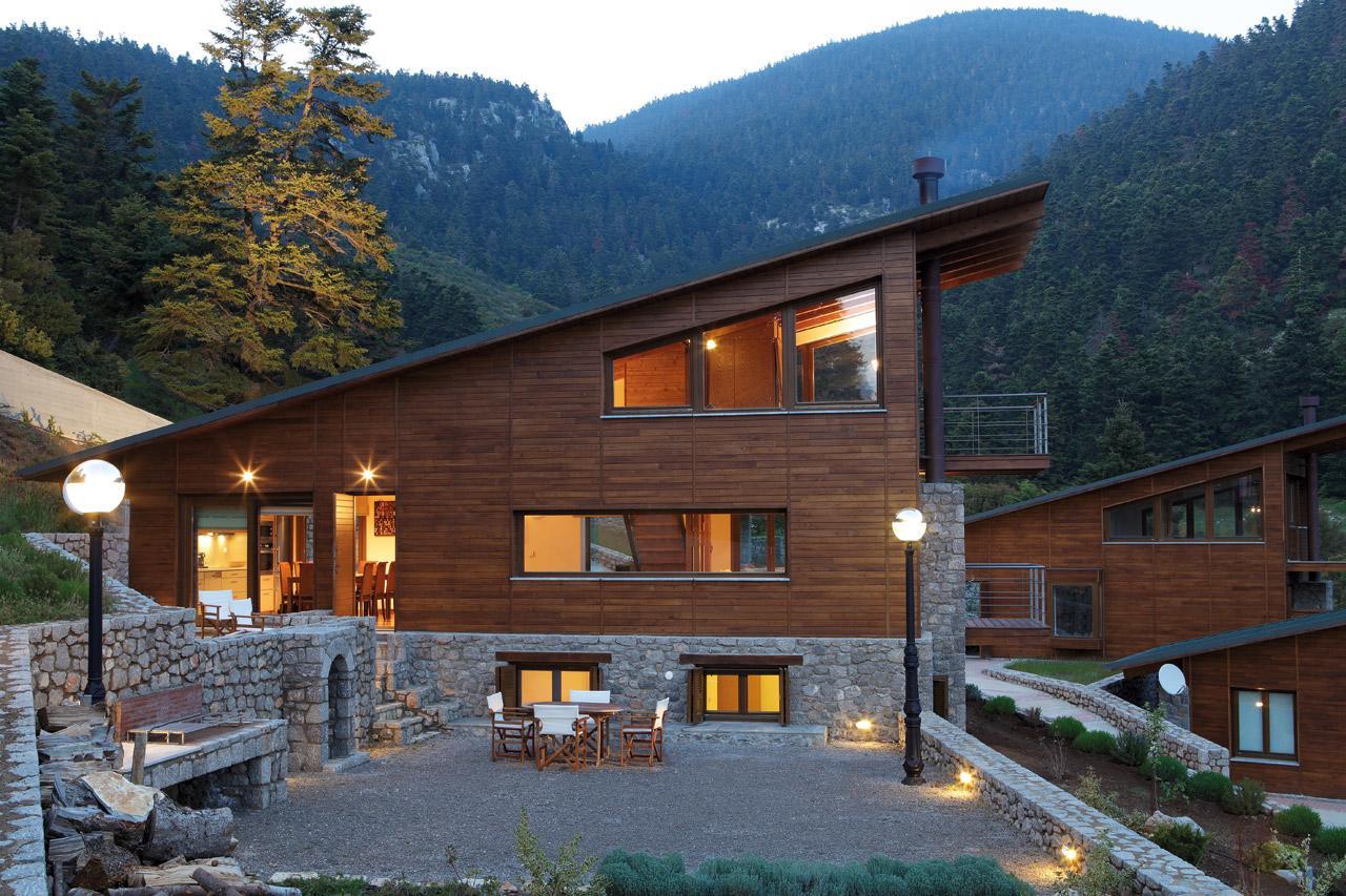 Five-houses-at-Parnassus-Mountain-Roula-Kotsilati-4-photo-dimitris-benetos
